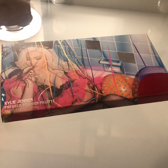 Kylie Cosmetics Other - Kylie Cosmetics Sipping Pretty Eyeshadow Palette